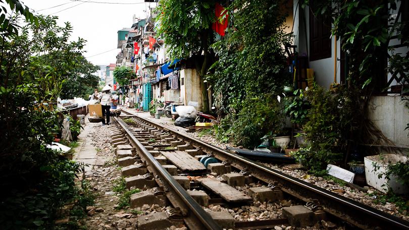 hanoi-railway-tracks-11